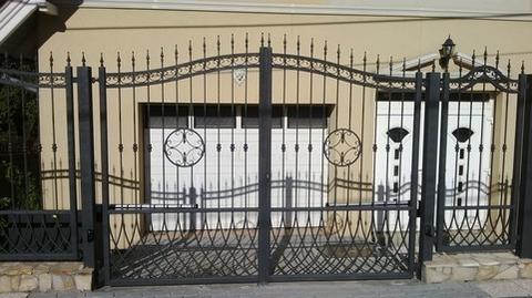 kovácsolt kapu